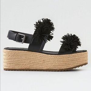NWOT American Eagle Black Pom Pom Flatform Sandals
